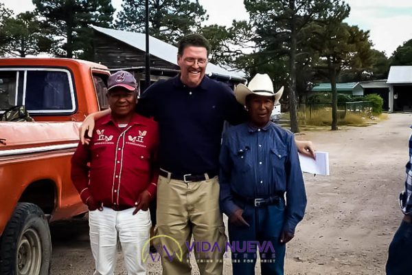 mike with local mexican men